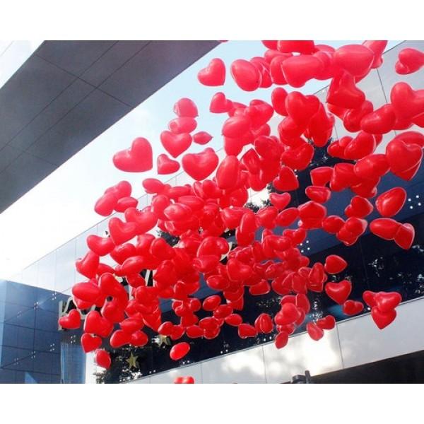 Воздушные шарики запуск в небо, сердца