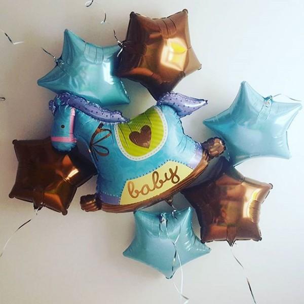 Букет из воздушных шариков На выписку малыша