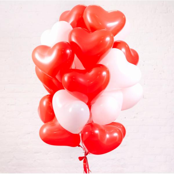 Букет из воздушных  шариков Красно-белые Сердца