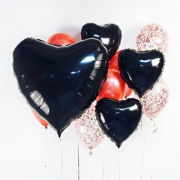 Букет из воздушных шариков красный с конфетти Большое сердце