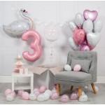 Композиция из воздушных шариков Для малышки с лебедем